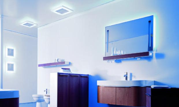 Arricchito da luci soft il mobile bagno E-Mood di Duravit