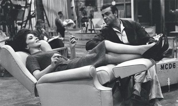 Una raffinata seduta d'epoca è la protagonista della casa newyorkese di Vittorio Merloni.