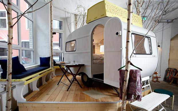 Ufficio Legno Hotel : Caravan hotel livingcorriere
