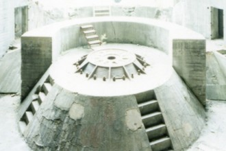 La copertina di L'Atlantikwall come paesaggio di archeologia militare a cura di Michela Bassanelli e Gennaro Postiglione edito da Lettera Ventidue