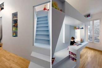 Casa a Parigi (Eva's bed). L'idea è semplice: dividere in due una stanza da letto per far spazio a un nuovo figlio. Il risultato è un pezzo di casa su misura che mette insieme la spazialità dell'architettura con la praticità di un mobile