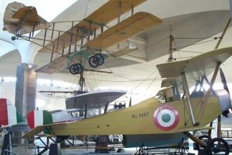 Il Padiglione Aeronavale del Museo Nazionale della Scienza e della Tecnologia Leonardo da Vinci