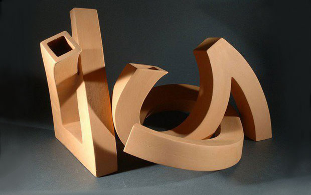 """Un semplice tubo piegato è il risultato di molte incognite tecniche che l'artigiano """"aggiusta"""" nel processo di creazione con la trafila"""