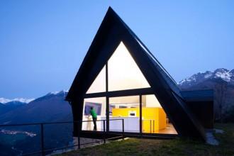 La casa progettata dallo studio Cadaval&Solà-Morales