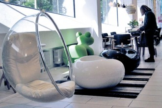 Bubble Chair di Aarnio Eero