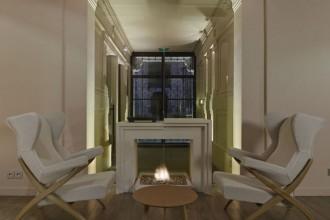 Una vista del ristorante-bistrot La Régalade Conservatoire dello chef Bruno Doucet. Pareti nero ardesia per il menu del giorno