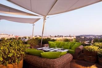 La zona lounge sul tetto