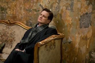 Colin Firth (re Giogio VI) e Geoffrey Rush (Lionel Logue) durante il loro primo incontro nello studio del logopedista