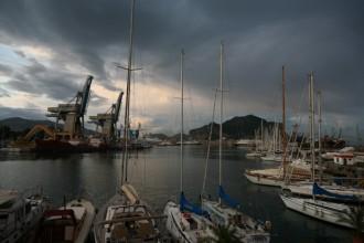 Il porto turistico La Cala