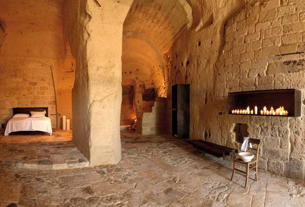 Nelle grotte degli antichi rioni materani vivevano 15.000 persone insieme ai loro animali domestici