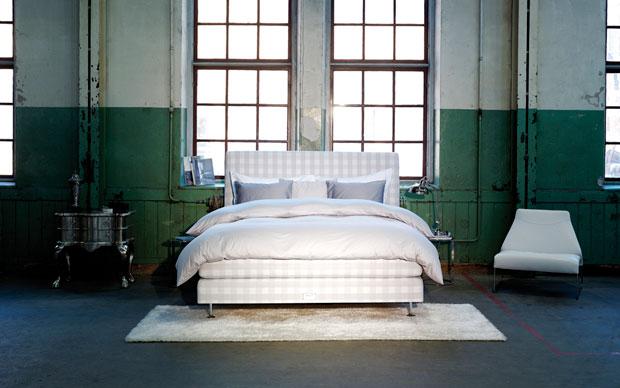 Il letto Hästens Platinum check