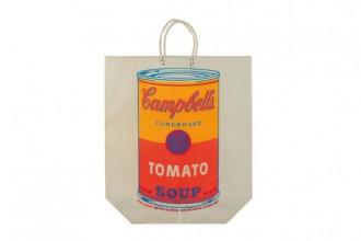 Andy Warhol. Il barattolo Campbell stampato su una borsa di carta
