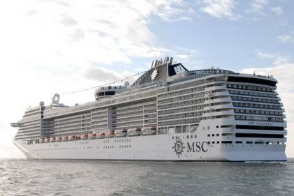 Fantasia. La prestigiosa nave da crociera di Msc che nel luglio 2009 ospiterà il G8 che si terrà in Italia all'isola della Maddalena