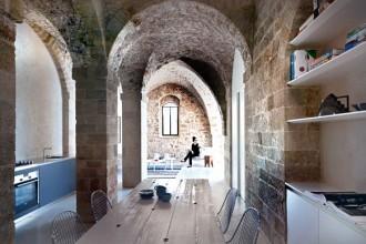 L'ambiente principale del loft dove si incontrano la cucina