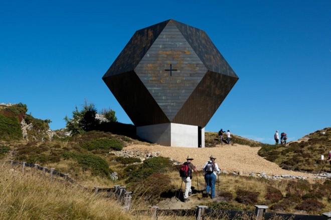 Progetti moderni di culto for Progetti di case ranch contemporanee