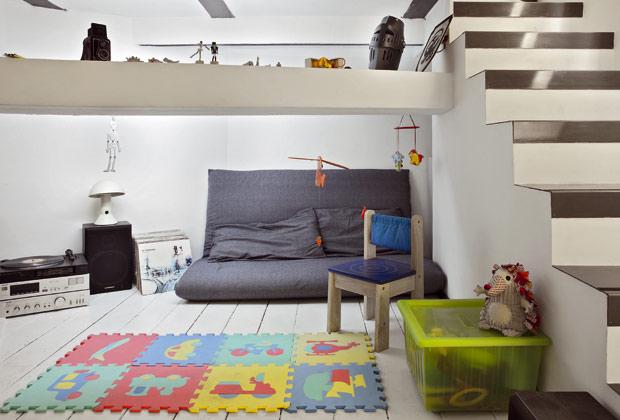 100 mq sviluppati in verticale livingcorriere for Piani casa fienile con soppalco
