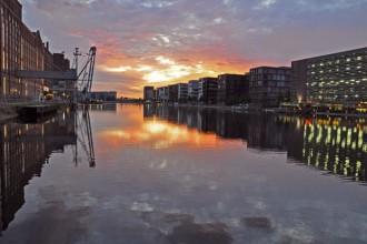 La riqualificazione dell'ex porto fluviale di Duisburg. Foto Jochen Schlutius