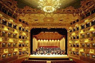 """Il """"guscio"""" interno di legno del Teatro La Fenice di Venezia: la struttura"""