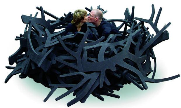 """I designer ritratti nella seduta """"Nest"""""""