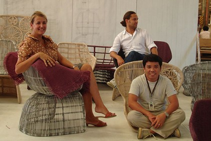 Patricia Urquiola tra le sue Crinoline