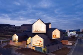 VitraHaus: il nuovo progetto realizzato da Herzog & De Meuron per il Campus Vitra a Weil am Rehin