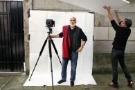 "TONI THORIMBERT GABRIELE BASILICO SUL SET DEL FILM ""IL MIO DOMANI"" DI MARTINA SPADA MILANO 2011 ©TONI THORIMBERT"