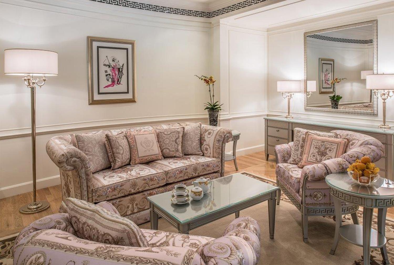Palazzo-Versace-Hotel_Dubai_Residence-Living-Room-02