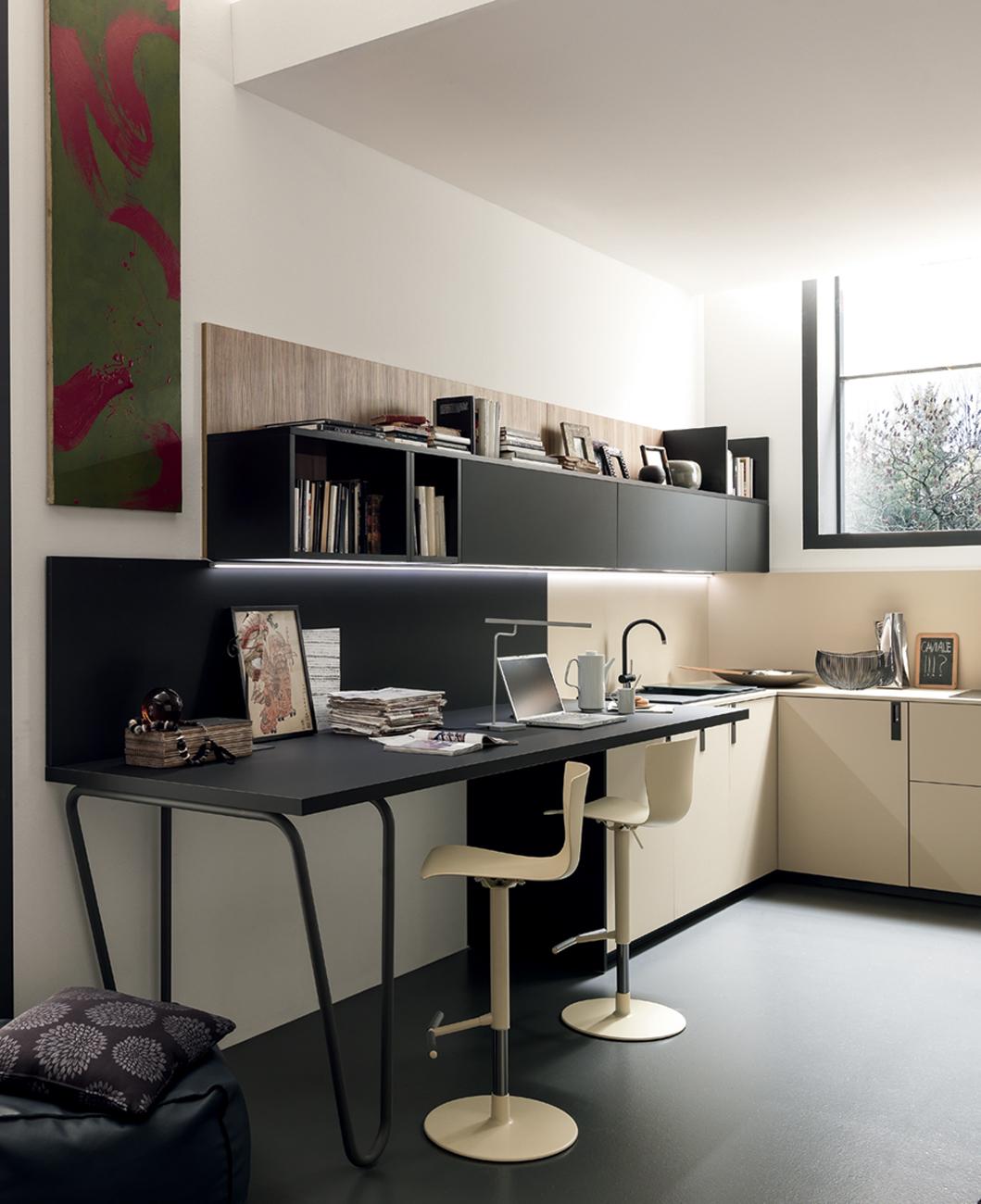 3 scrivanie per l 39 ufficio in casa living corriere for Scrivanie per studio in casa