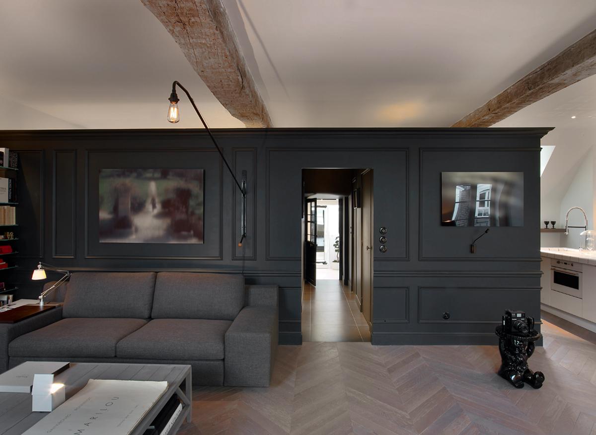mansarda di charme a parigi living corriere. Black Bedroom Furniture Sets. Home Design Ideas