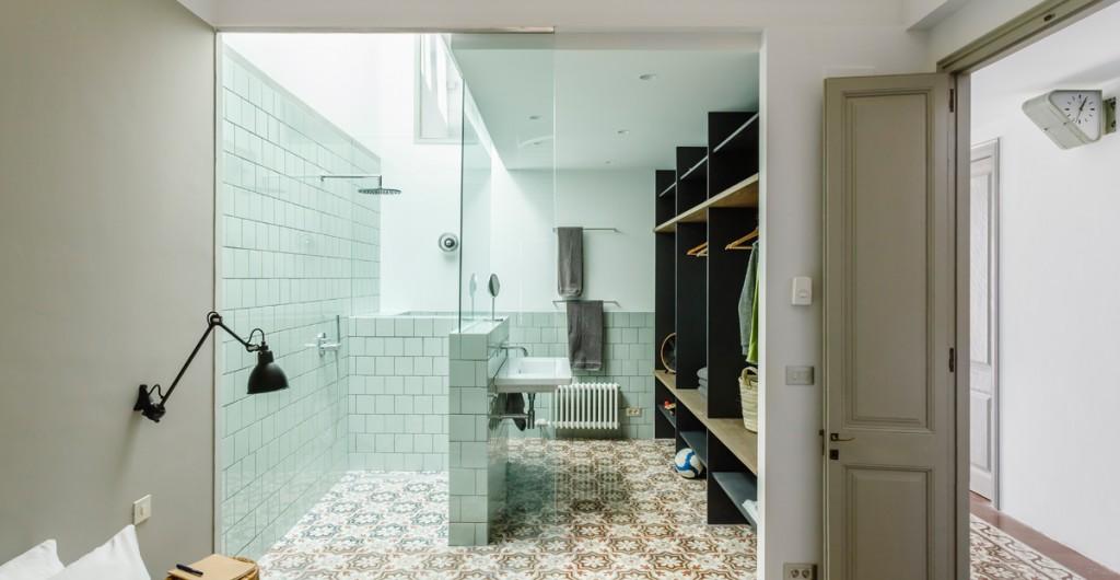 Living arredamento casa design e lifestyle corriere della sera - Bagno in camera moderno ...