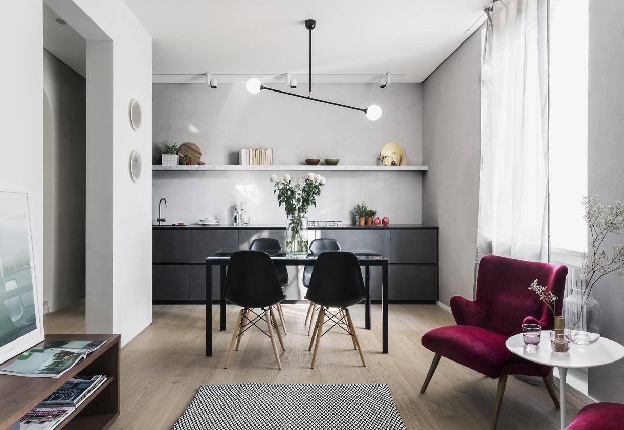 Mini appartamento sui navigli living corriere for Ad giornale di arredamento