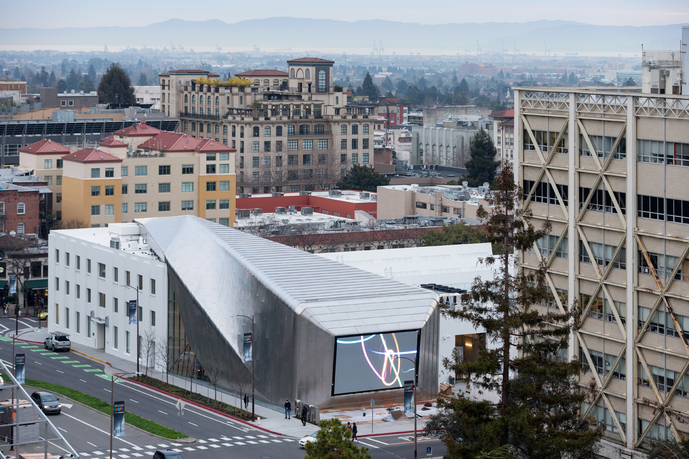 Foto Iwan Baan. Courtesy of Diller Scofidio + Renfro; EHDD; and UC Berkeley Art Museum and Pacific Film Archive (BAMPFA)