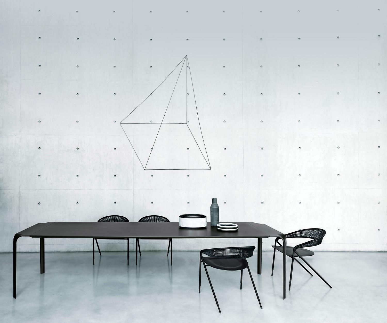 Tavolo Moderno E Sedie Antiche.Tavoli E Sedie Per Il Soggiorno Livingcorriere