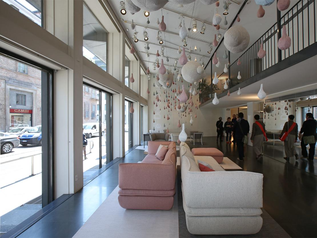 De padova textile rain for Salone mobile parigi
