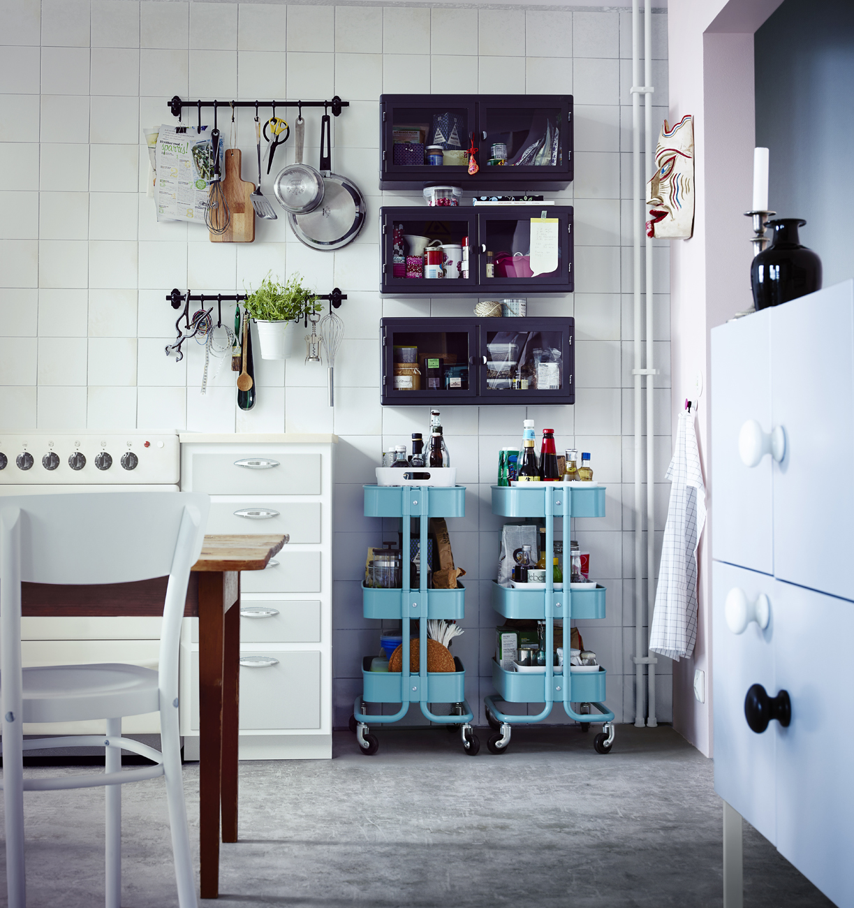 Restyling creativo in cucina foto 1 livingcorriere - Ikea barra cucina ...