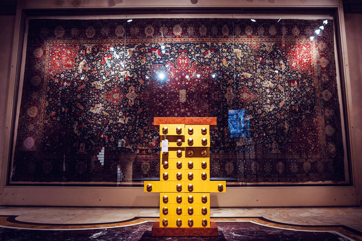Mostra quasi segreti al poldi pezzoli di milano living for Arredamento postmoderno