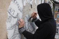 120316 - cancellazione graffiti di writer artista graffitaro Blu all'XM24v- Foto Nucci/Benvenuti - CANCELLAZIONE GRAFFITI DI BLU X M 24 - fotografo: BENVENUTI