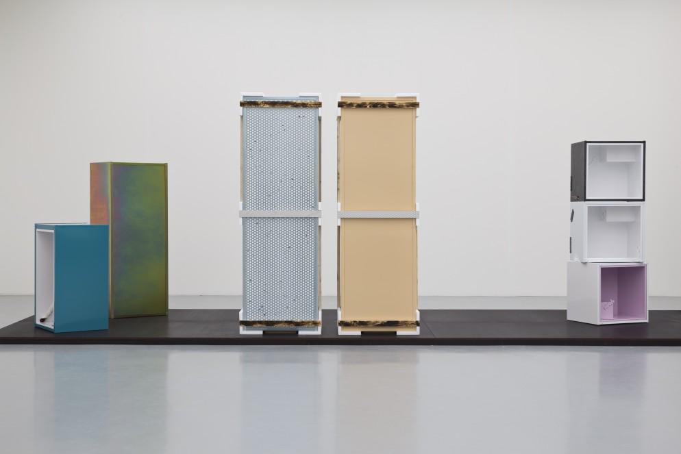 Magali Reus-Kestnergesellschaft 2014-Installation view a-300