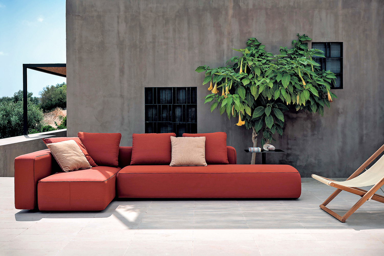 In Giardino 30 Idee D Arredo Per L Estate Living Corriere