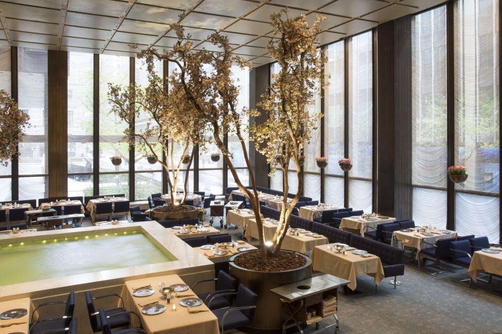 Wright_Four_Seasons_Restaurant _3