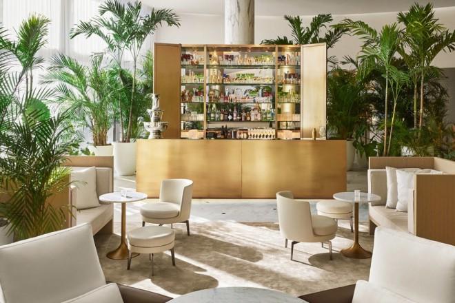 flexform_cover_lobby-bar-day-1870x1401