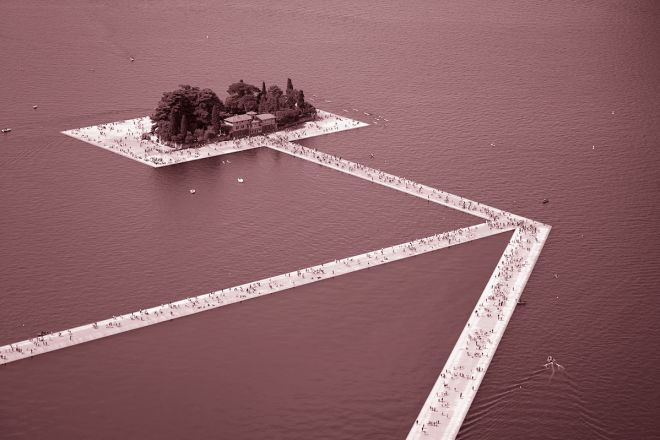 floating-piers-christo(rosa)3