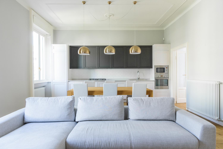 Classico a milano livingcorriere - Arredare casa antica ...