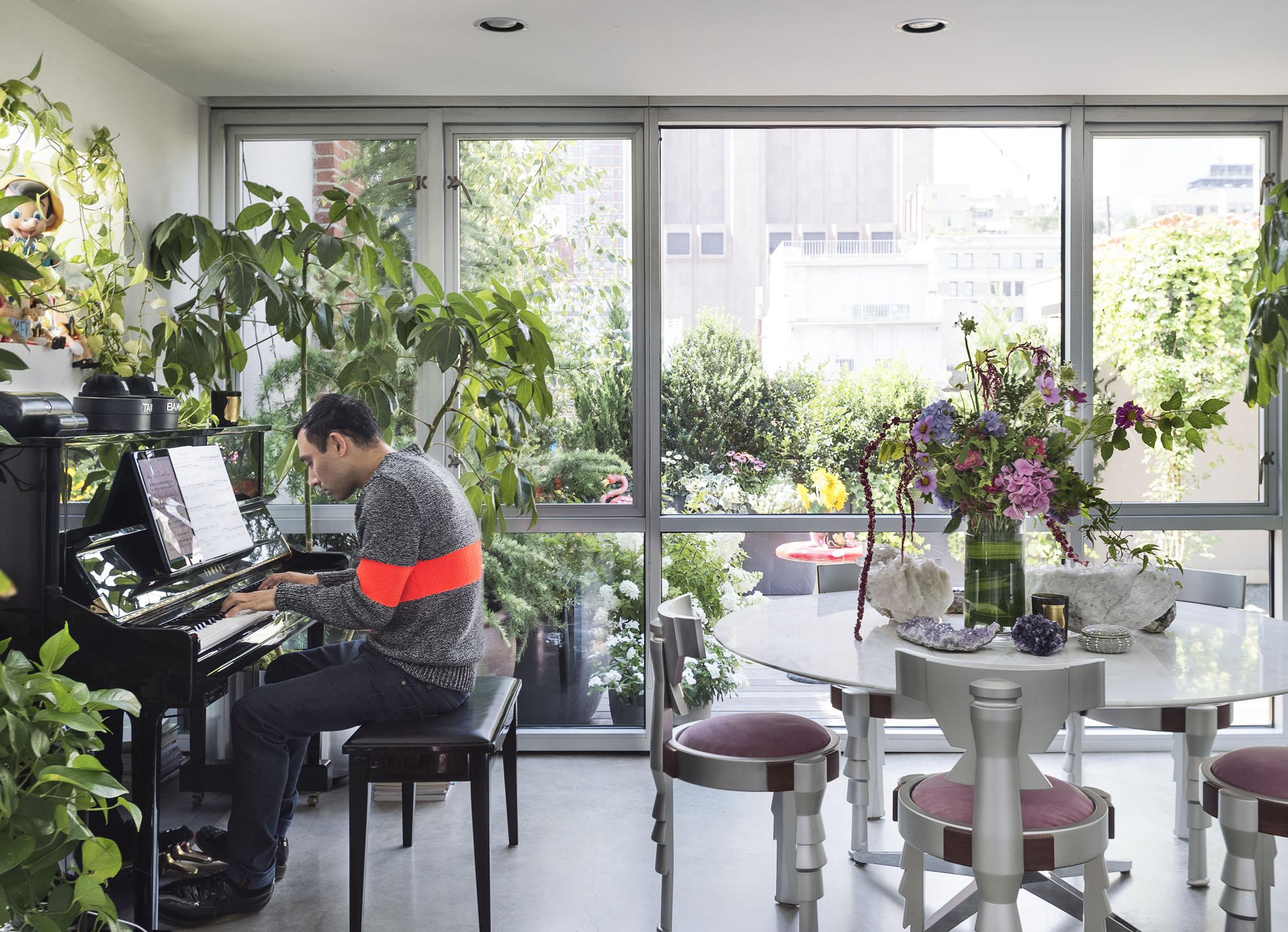 Le foto della casa di nicola formichetti living corriere for Corriere casa