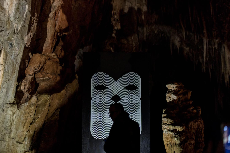 La mostra nella grotta a -70 m