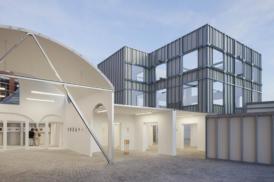 02. The Form of Form, veduta dell'installazione alla Lisbon Architecture Triennale 2016