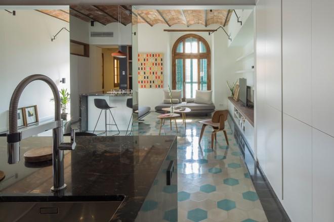120 mq a barcellona eixample foto living corriere - La casa degli specchi ...