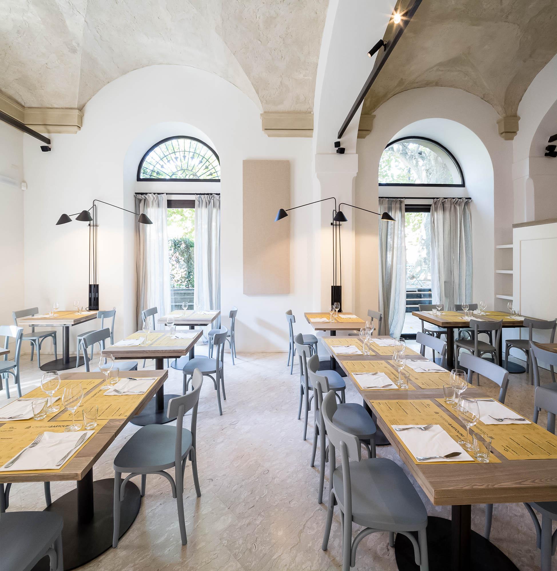 Osteria Bartolini il tempio del pesce a Palazzo Dondini a ...