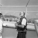 8-giugno-1954.-Il-Premio-Nobel-per-la-letteratura-Ernest-Hemingway-in-visita-a-Napoli