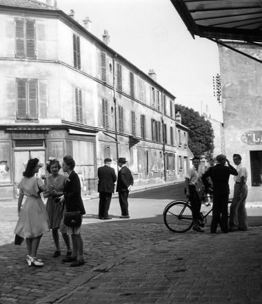 Dimanche 1945